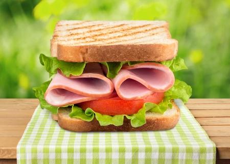 bocadillo: Sandwich, pan, tostado.