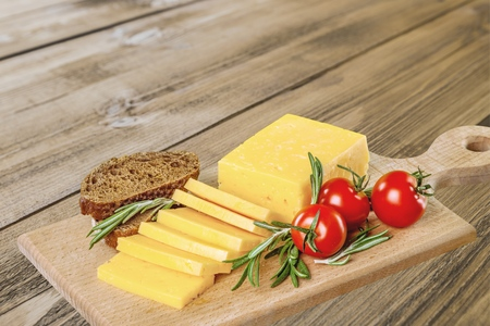 Cheese, Cheddar, Tomato. 免版税图像