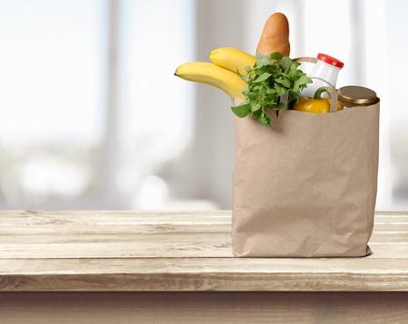 bolsa de pan: Comestibles, Bolsa de papel, Bolsa. Foto de archivo