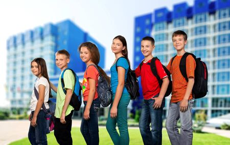 offspring: Niño, Hijos, Educación.