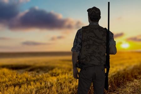 사냥, 사냥꾼, 스포츠 촬영. 스톡 콘텐츠