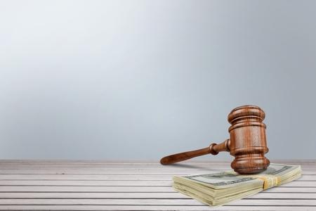 punitive: Gavel, alimony, Courthouse.