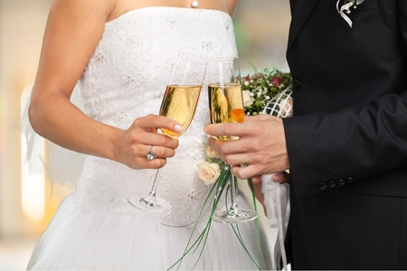 Hochzeit, Braut, Champagner. Standard-Bild