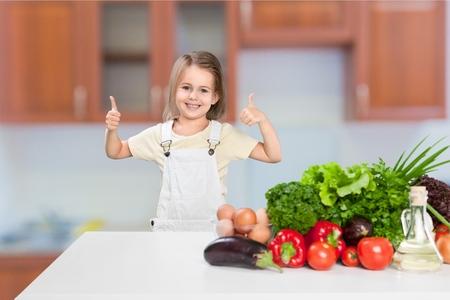 kids eating healthy: Food.