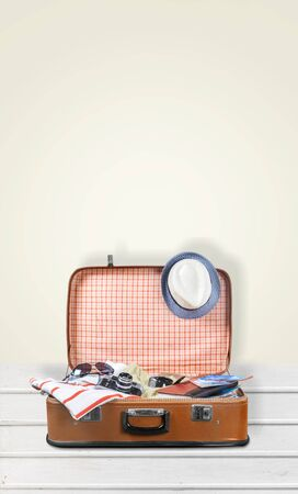 luggage tag: Travel.
