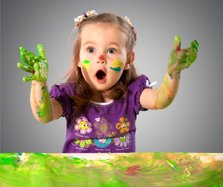 'face painting': Child.
