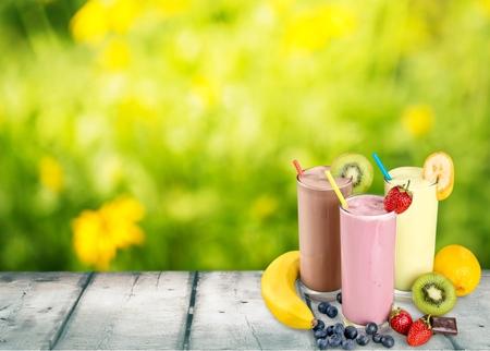 batidos de frutas: Smoothie. Foto de archivo