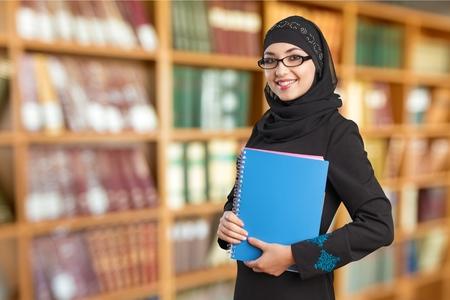 estudiante: Estudiante árabe. Foto de archivo