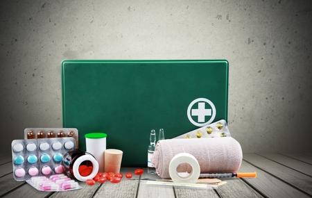 botiquin primeros auxilios: Botiqu�n de primeros auxilios.