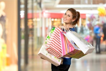 chicas comprando: Ir de compras.