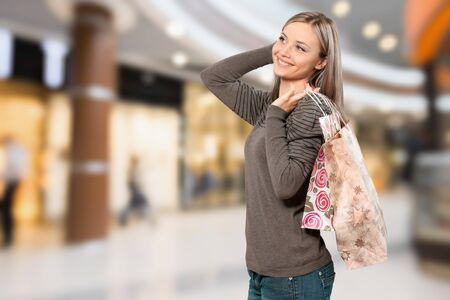 paper bag: Shopping.