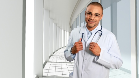 family practitioner: Doctor smiling