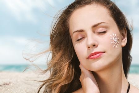 pretty lady wearing sunscreen