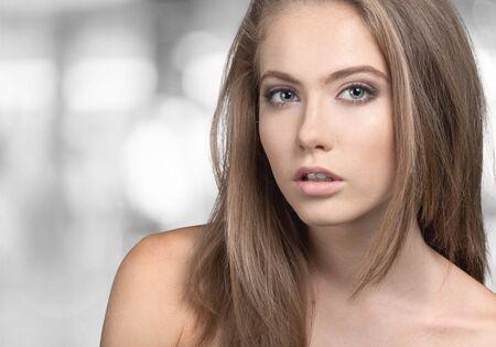 mujeres morenas: Moda Modelo retrato Foto de archivo