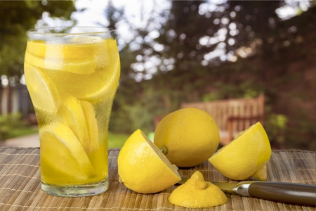 front  or back  yard: Fresh Lemonade.