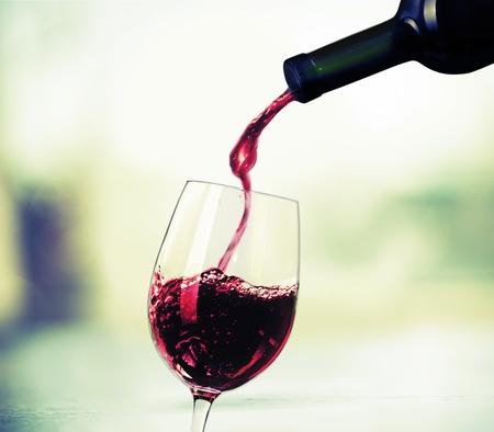 Wijn proeven. Stockfoto