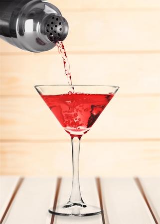 martini shaker: Martini Cocktail Shaker.
