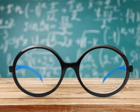 eye glasses: Eye glasses.