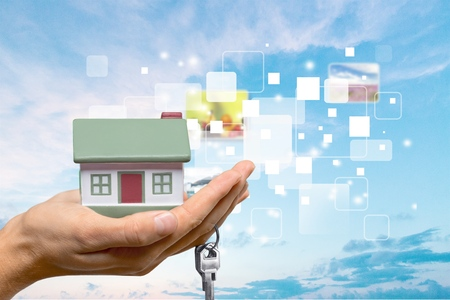 ?real estate?: Inmobiliaria.