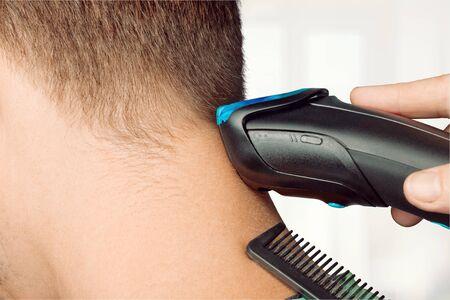 coiffeur: Hairdresser.