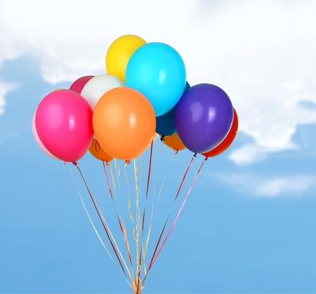 descriptive color: Balloons.