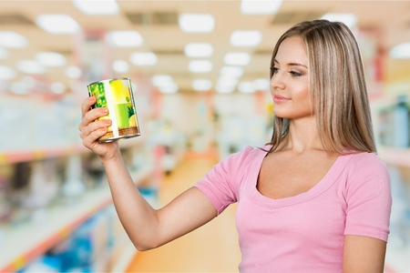 shopping binge: Woman buy grocery item in supermarket