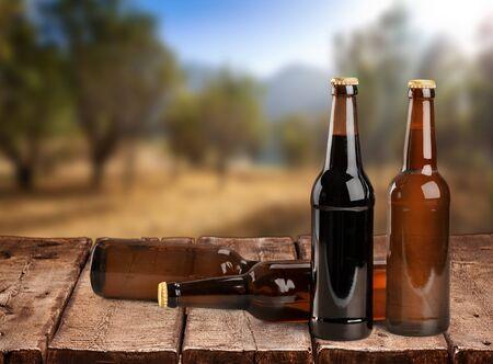 botellas de cerveza: Botellas de cerveza.