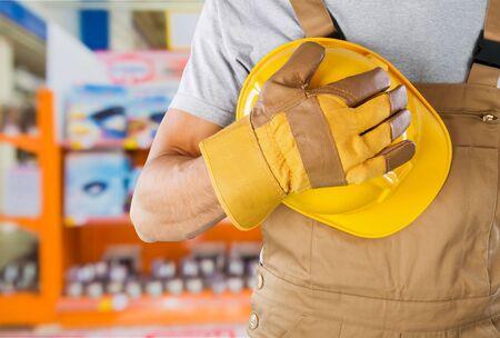 manual: Manual worker.