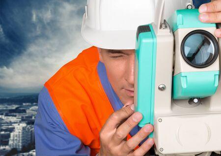 construction site: Surveyor.