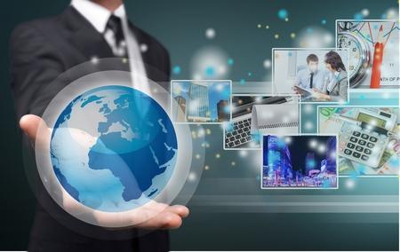 テクノロジー: 技術。