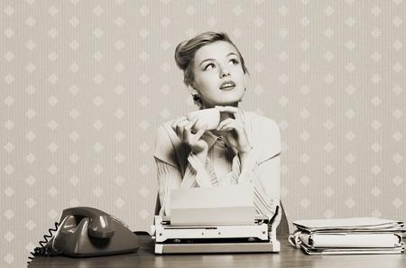 to the secretary: Retro secretary.