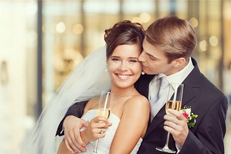brindisi spumante: Di nozze. Archivio Fotografico