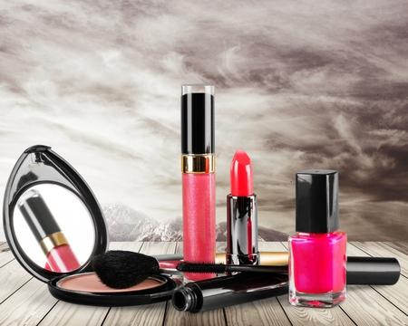 gloss: Makeup.