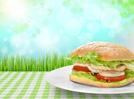 comiendo pan: Sandwich.