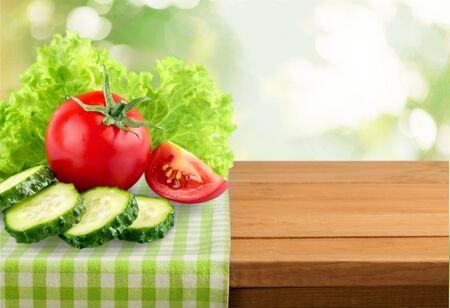 cucumber slice: Cut.