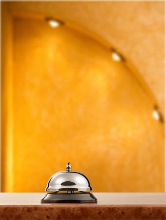 ring tones: Hotel.
