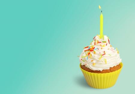 gateau anniversaire: G�teau d'anniversaire. Banque d'images