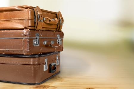 tronco: maletas antiguas.