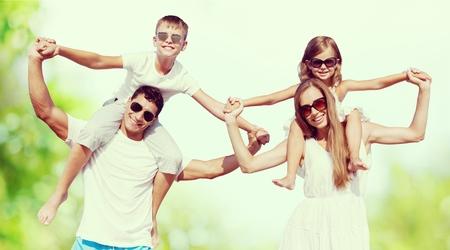 가족: Family portrait.