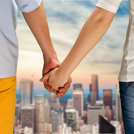 holding hands: H�ndchen halten. Lizenzfreie Bilder