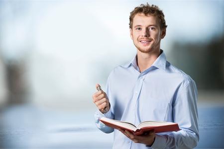 教室の先生。