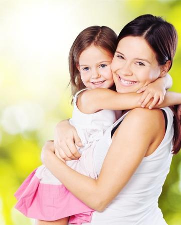 familia abrazo: Madre.