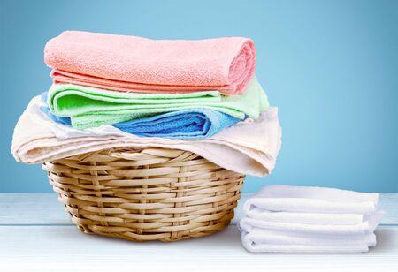lavanderia: Toallas de lavandería. Foto de archivo