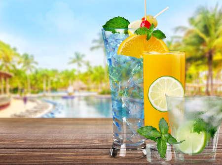 spirituous beverages: Cocktail.