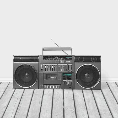 old radio: Radio.