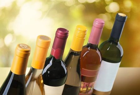 Garrafa de vinho. Foto de archivo - 47842990