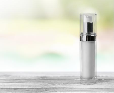 spray bottle: Bottle.