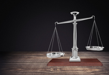 justice scale: Escala de peso.