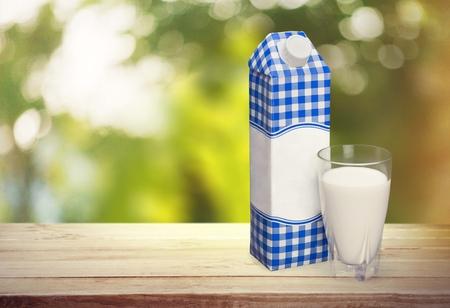 caja de leche: Leche.  Foto de archivo