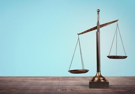 balanza en equilibrio: Abogado. Foto de archivo